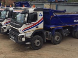 8x4 Tippers